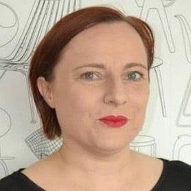 Zoe E Breen